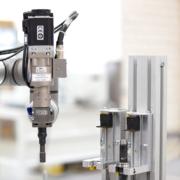 轻型机器人 HRC / LBR 的拧紧机 WEBER