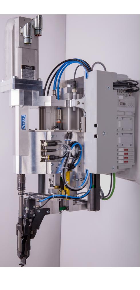 WEBER RSF25 - Robot assisted screwdriving System for flow drilling screws